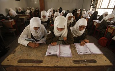 Displaced teachers in Aden: Their children out of school, Live in miserable conditions